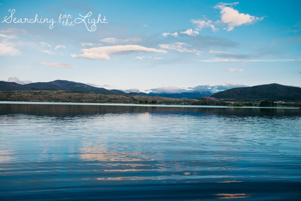 27lake-engagement-photos-lake-dillon-colorado-wedding-photos_096-2.jpg