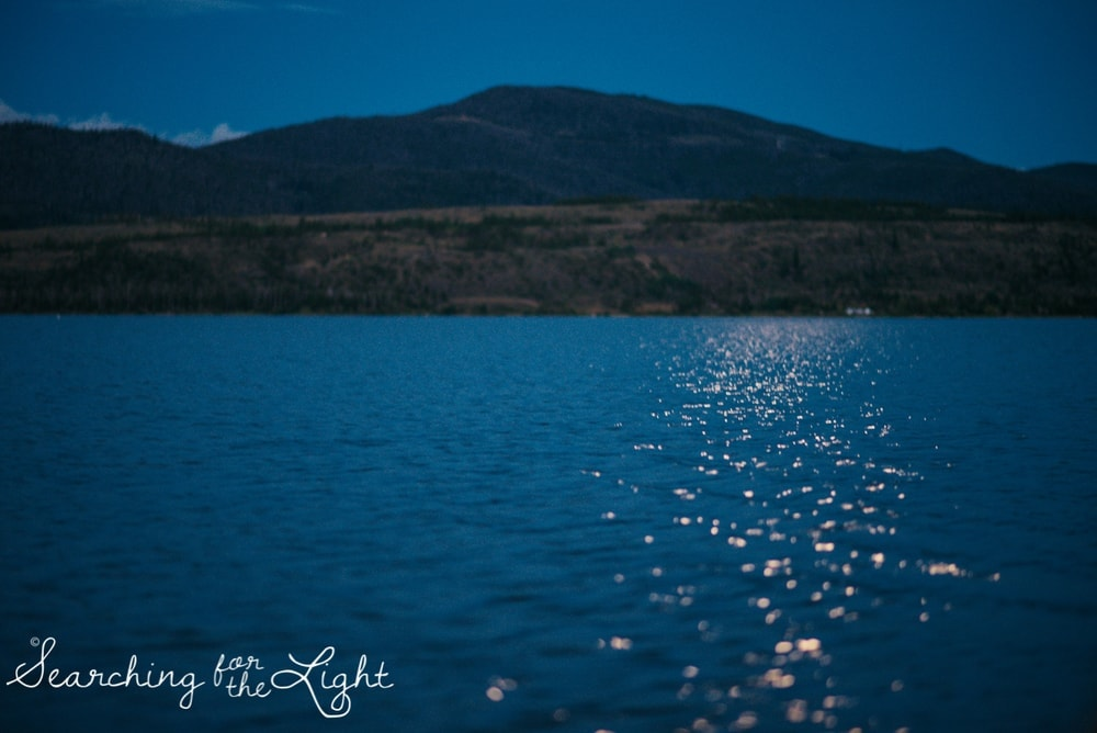 36lake-engagement-photos-lake-dillon-colorado-wedding-photos_125-2.jpg
