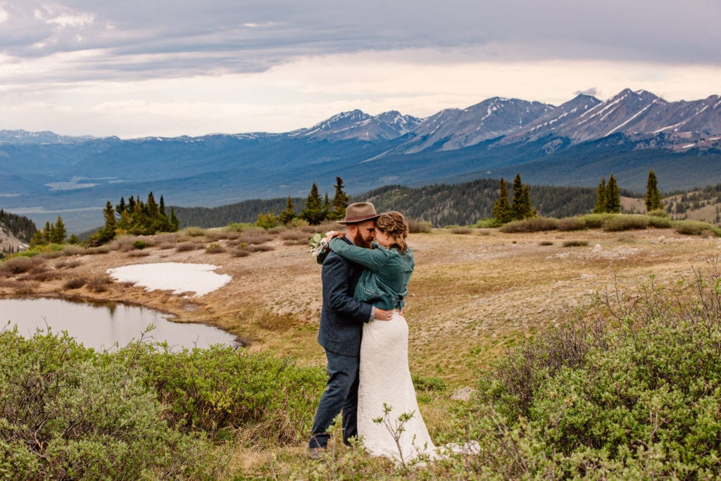 bride and groom at cottonwood pass near buena vista