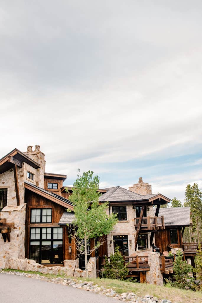 mountain vacation rental for eloping couple