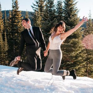 sapphire-point-wedding-guide-snowmobile-elopement-adventure-elopement-colorado-elopement-photographer-stylzed-shoot-dec2017-142.jpg